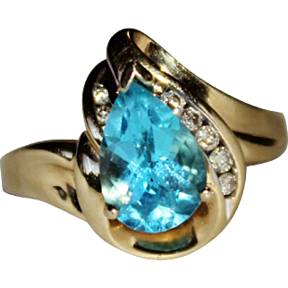 Elegant Estate 10k Yellow Gold Pear Cut Blue Topaz & Diamond Ring, Size 7, 2.63 CTW