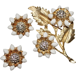 Vintage HAR White Glass Rhinestone Flower Brooch & Earrings Set