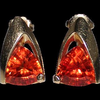 Vibrant Estate 14k Gold Orange Padparadscha Sapphire Trillion Cut Earrings 5.6 G