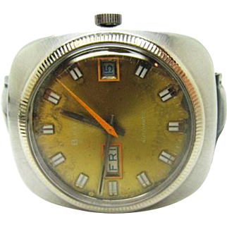 Vintage 1971 Mens Bulova 23 wrist watch running new band and crystal installed