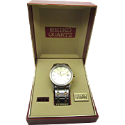 Vintage Men's Seiko 7n42-9089 new battery in case with outer box very fine