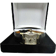 Vintage 1940s Mens Benrus model BB4 watch stepped out deco style case near mint!
