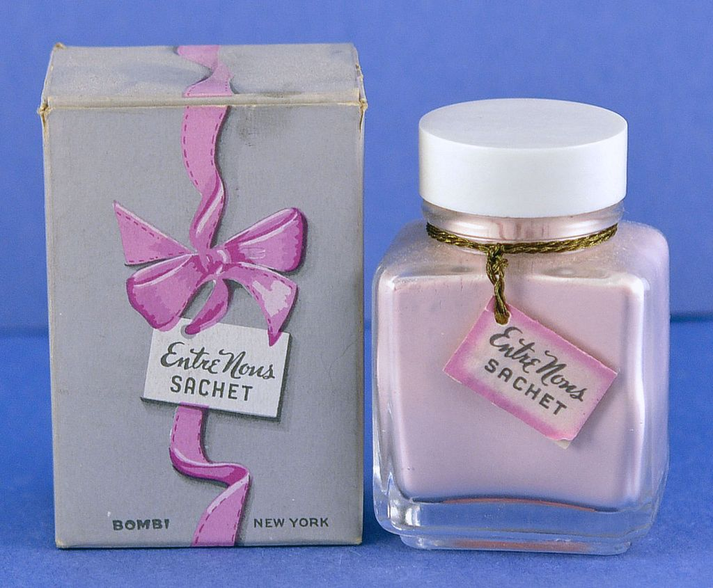 """Unopened, Circa 1948, American, """"Entré Nous"""" by Bombi, Clear Crystal, Powder Sachet Bottle in Original, Fitted Box"""
