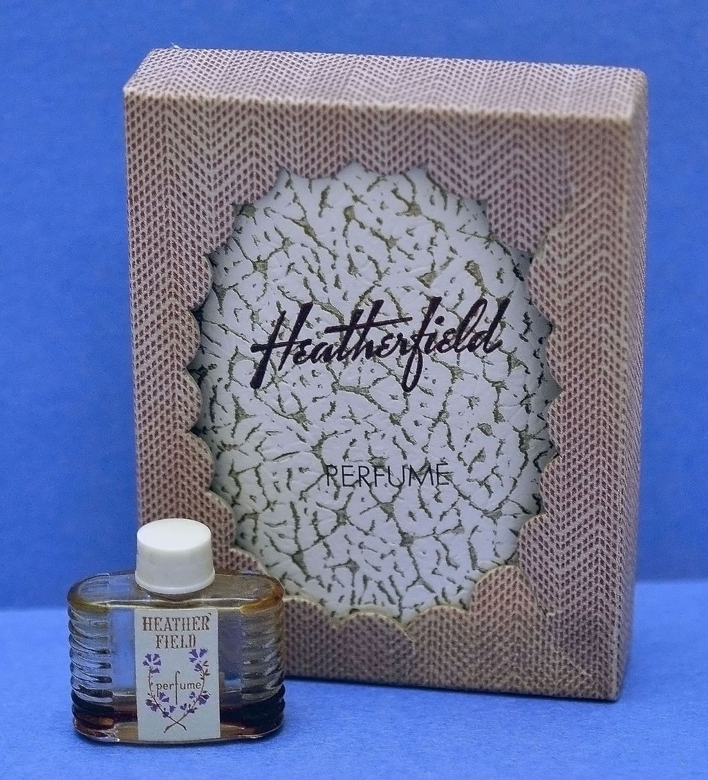 "Adorable, American, Circa 1929, ""Heatherfield"", by Philip Maurice, Mini/Purse Commercial Perfume Bottle with Original Presentation Set / Fitted Box"