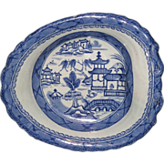 Chinese export Porcelain blue and white Canton Shrimp Dish.