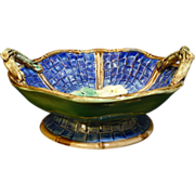 Beautiful America majolica cobalt Blue Twig Handled Footed Bowl