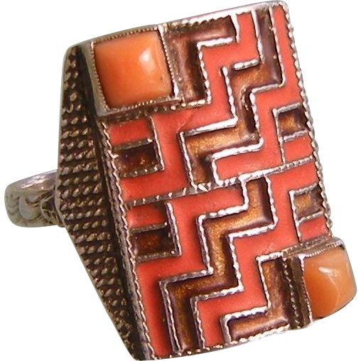 Theodor Fahrner Ring with Genuine Coral and Enamel, 1928