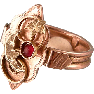 Antique Victorian Moon and Star Ring in Rose and Yellow Gold, with Garnet