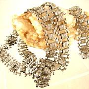 Vintage Victorian Style Necklace and Bracelet Set