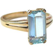 18K Gold Icy Blue Emerald-Cut Aquamarine H Stern Ring