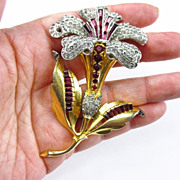 Wonderful Rhinestone Encrusted Flower Brooch