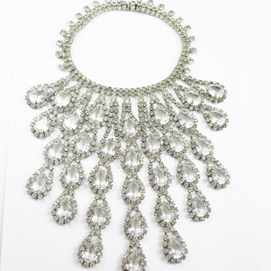 Fabulous Rare Mimi Di N Bib Necklace