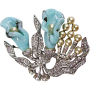 Boucher Molded Glass & Clear Rhinestone Brooch
