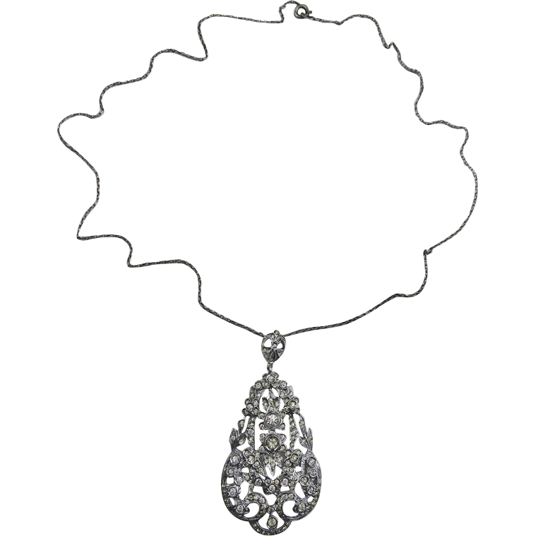 Gorgeous Sterling Pendant Necklace