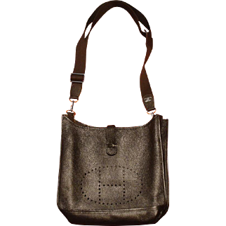 Hermes Taurillon Evelyne III Clemence Leather Purse Brown