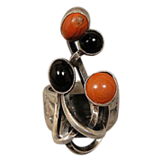 Rachel Gera Israel Modernist Sterling Coral Onyx Ring