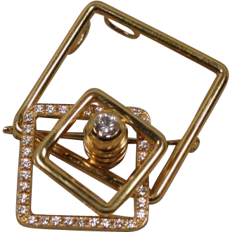 Kinetic 18K Spinner Motion Diamond Pin Pendant