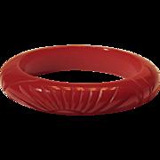 Vintage Carved Bakelite Bangle Bracelet Cranberry Red