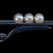 Mikimoto 3 Cultured Pearl Sterling Tie Clip in Original Box—Like Peas in a Pod!