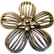 Vintage: Monet silver pedal flower with a star center: 60-70s: large: reduced