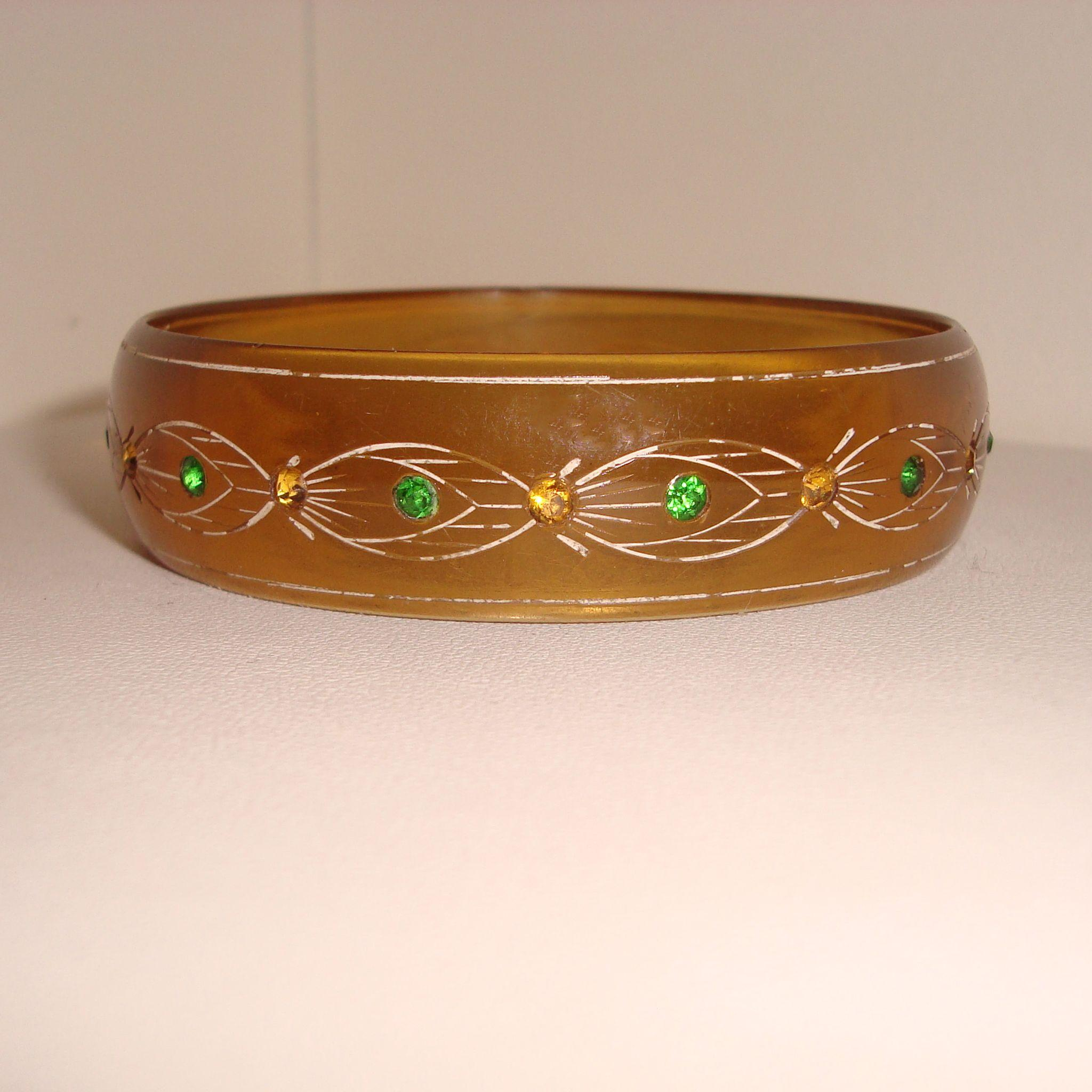 in bracelet wide curb and inches yellow estate gold