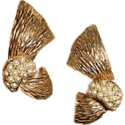 Ledo Polcini Earrings Gold Metal Ribbon Pearlized Beads