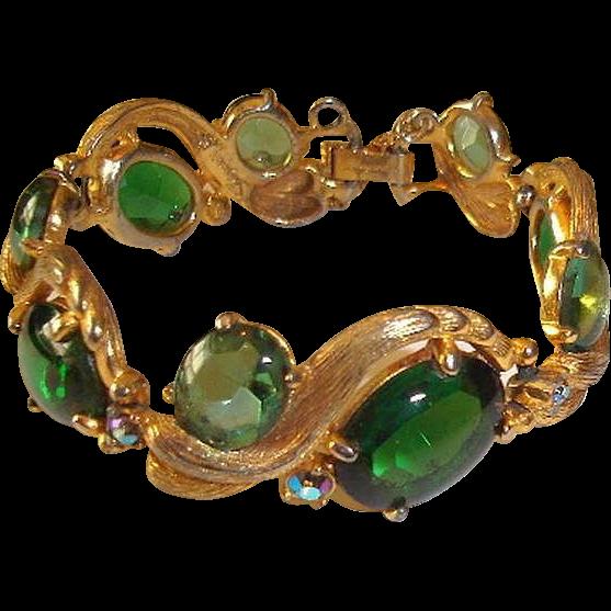 Elsa Schiaparelli Bracelet Green Stones Serpentine