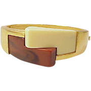 Crown Trifari  Gold Tone Lucite Bangle Bracelet