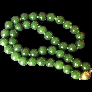 Vintage Nephrite Jade 18Kt Necklace
