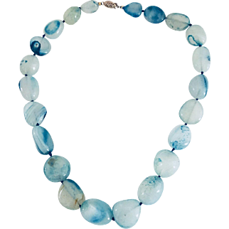Very brave lace blue agate necklace 10kt Clasp