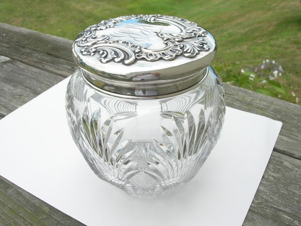 Howard Sterling Co – Crystal and Sterling – Humidor Tobacco Cookie Jar - Huge!