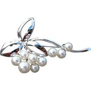 Mikimoto Pearl Pin Brooch - Sterling Silver – 9 Pearls