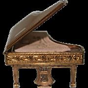 Pygmalion Sonata Piano Powder Compact