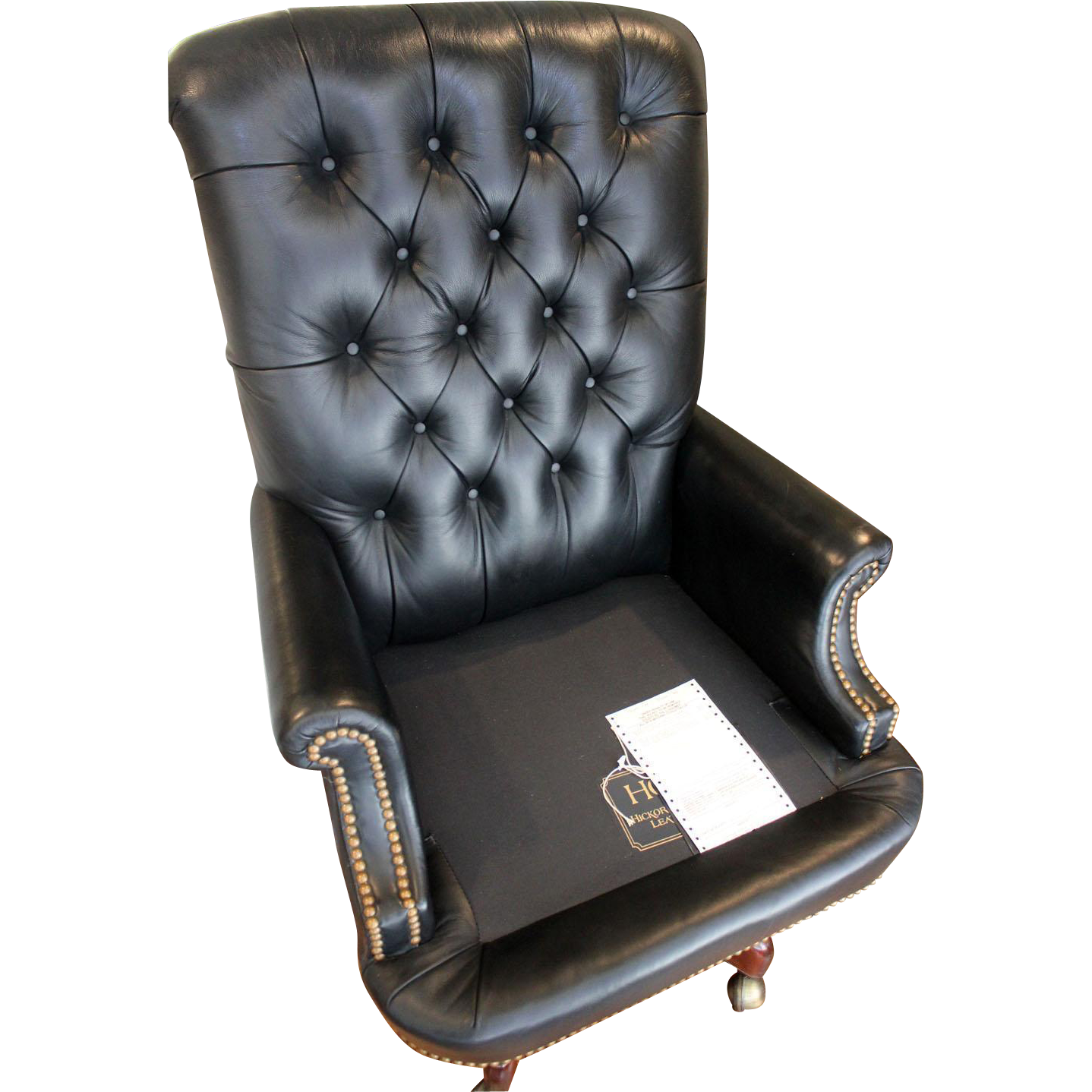 Hickory Leather Tufted Executive Swivel Chair from jkcollections