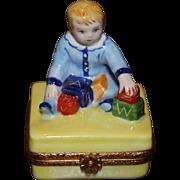 Limoges Limited Edition Artoria Trinket Box Little Boy With Blocks N64