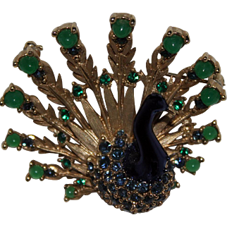Vintage Boucher Peacock Brooch 8067P Book Piece Pin