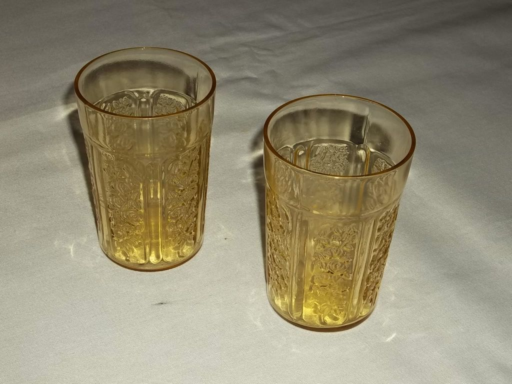 Federal Depression Glass Sharon Cabbage Rose 9 oz. Tumblers – lot of 2