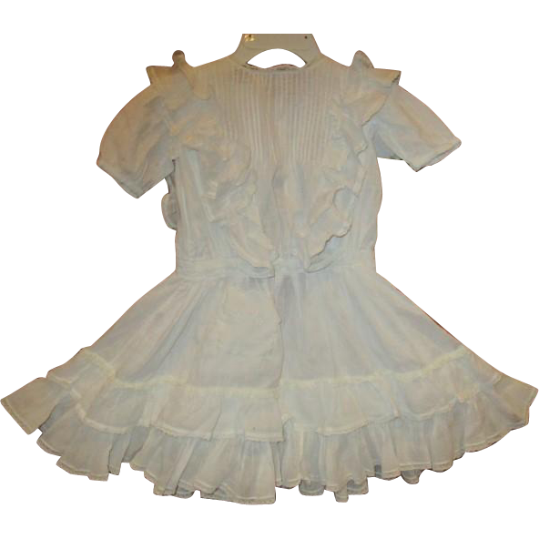 Stunning large dress with loads of  ruffles