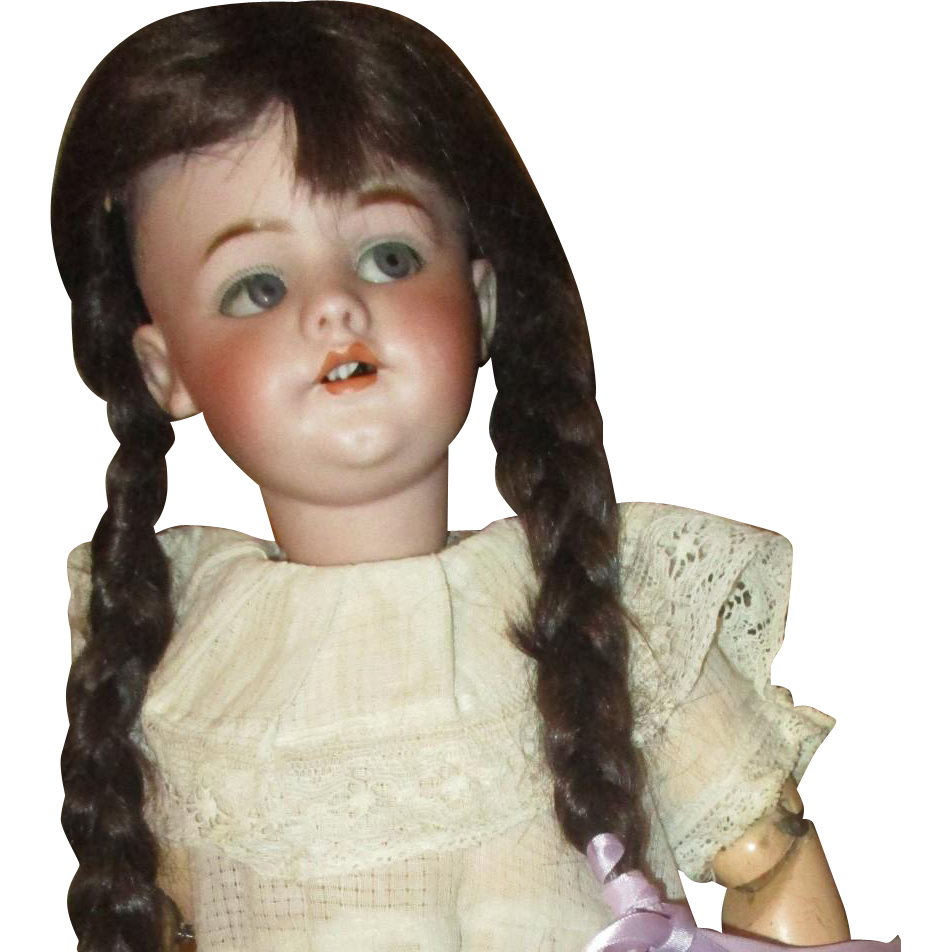 Darling flirty eyed 1039 kiss throwing doll