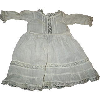 Beautiful dress with inlaid lace