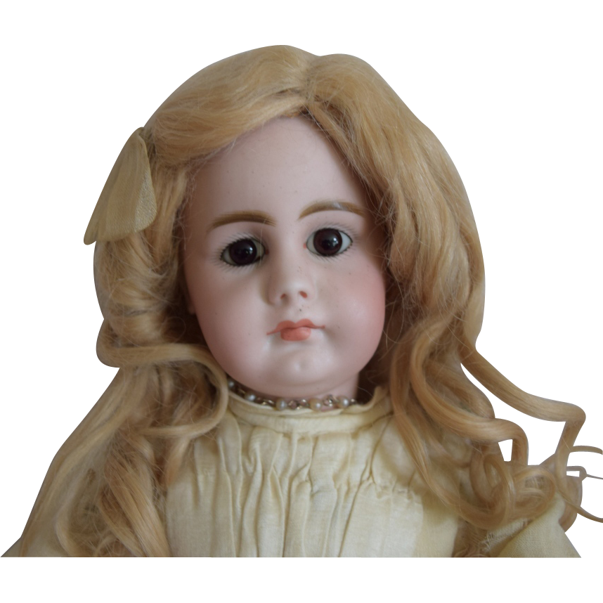 Simon & Halbig Closed Mouth Solid Dome German Bisque Head Character Doll 949