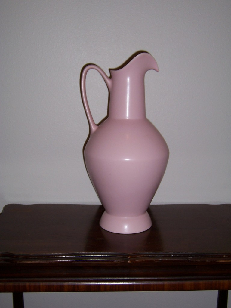Pink matte ewer pitcher hyalyn pottery from johnsantiques on pink matte ewer pitcher hyalyn pottery reviewsmspy