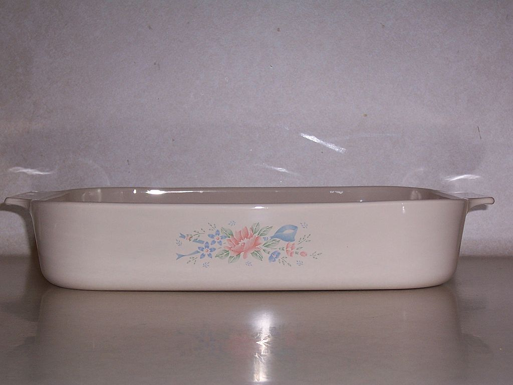 "Corning Ware 14"" Open Roaster, Symphony Pattern"