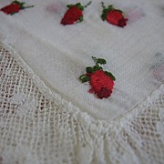 Lovely Vintage Hankie Embroidered Rosebuds and Lace