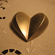 Givenchy Made Lovely Vintage Heart Pin Brooch