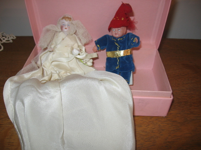 Miniature Bride & Groom with Handmade Clothing Early 1900s