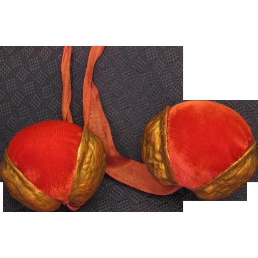 Walnut Shell Velvet Pin Cushions