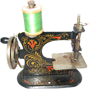 Miniature Muller Model 0 Germany Made Toy Sewing Machine
