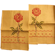 Pair of Hand Towels with Fancywork Roses
