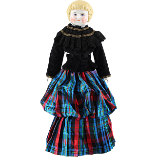 China Highland Mary Doll Scotish Costume Marked